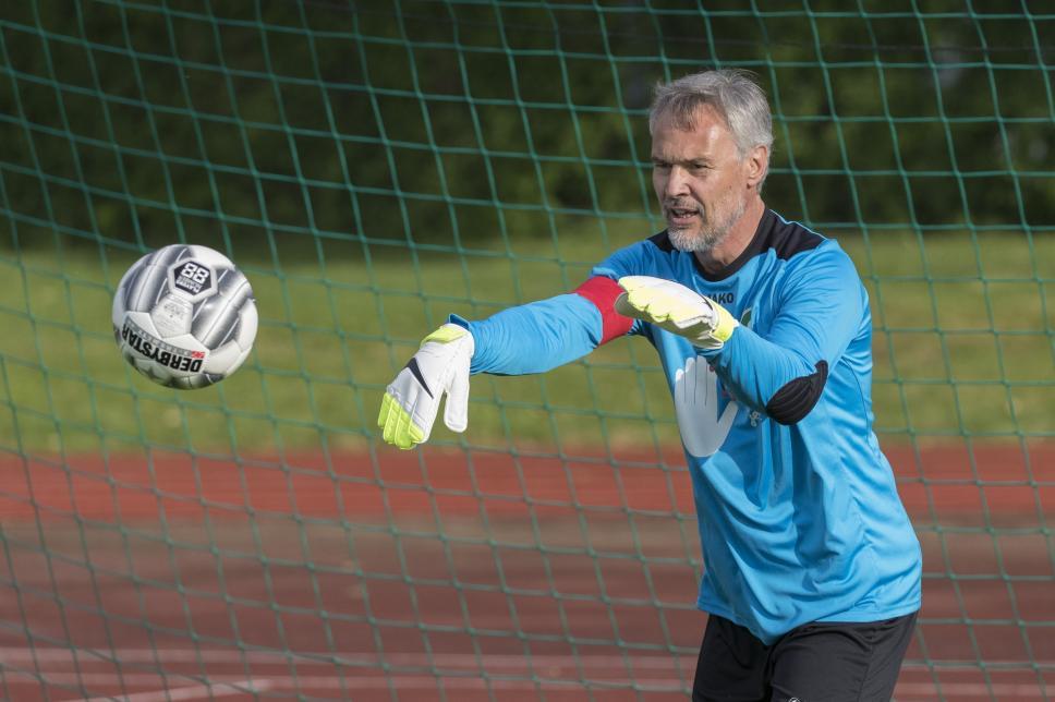 FC Diabetologie vs. FC Bundestag (Rückspiel): Prof. Danne im Tor
