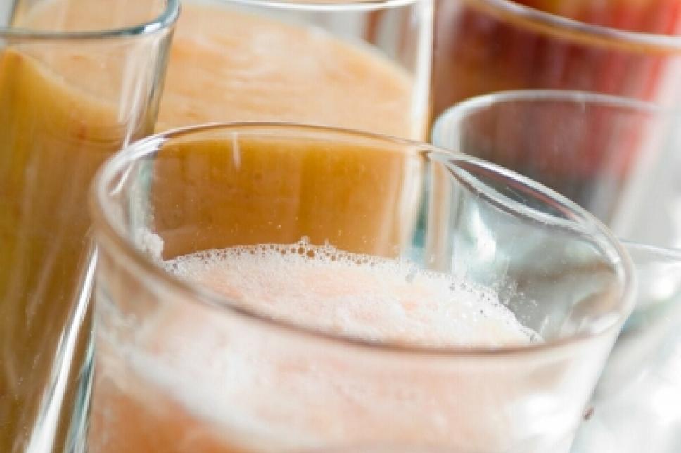 Glas mit Fruchtsaft