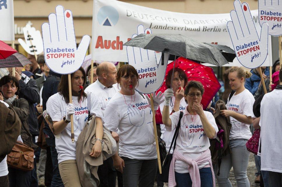 Demo Leipzig Diabetes Stoppen jetzt Hände 2013