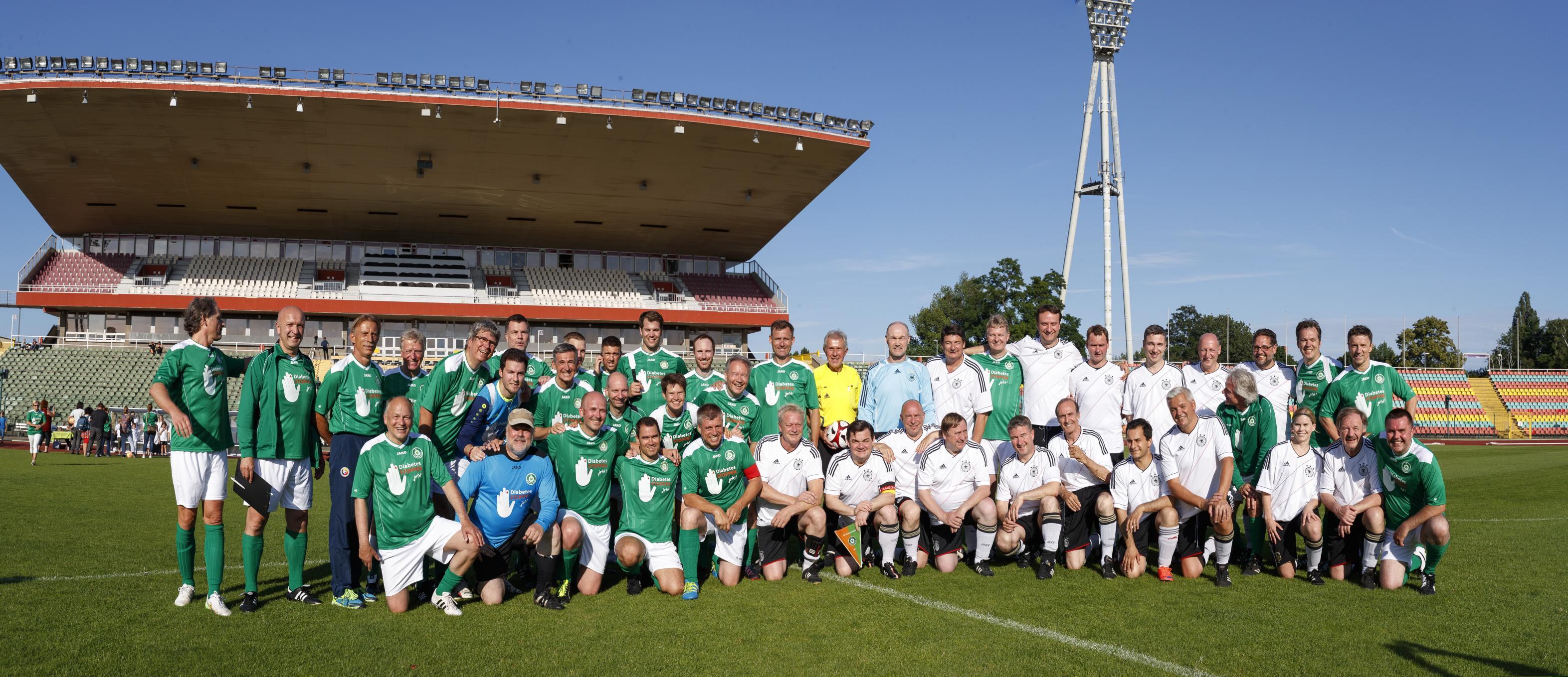 Fußballspiel FC Bundestag vs. FC Diabetologie 2017 - Die Mannschaften
