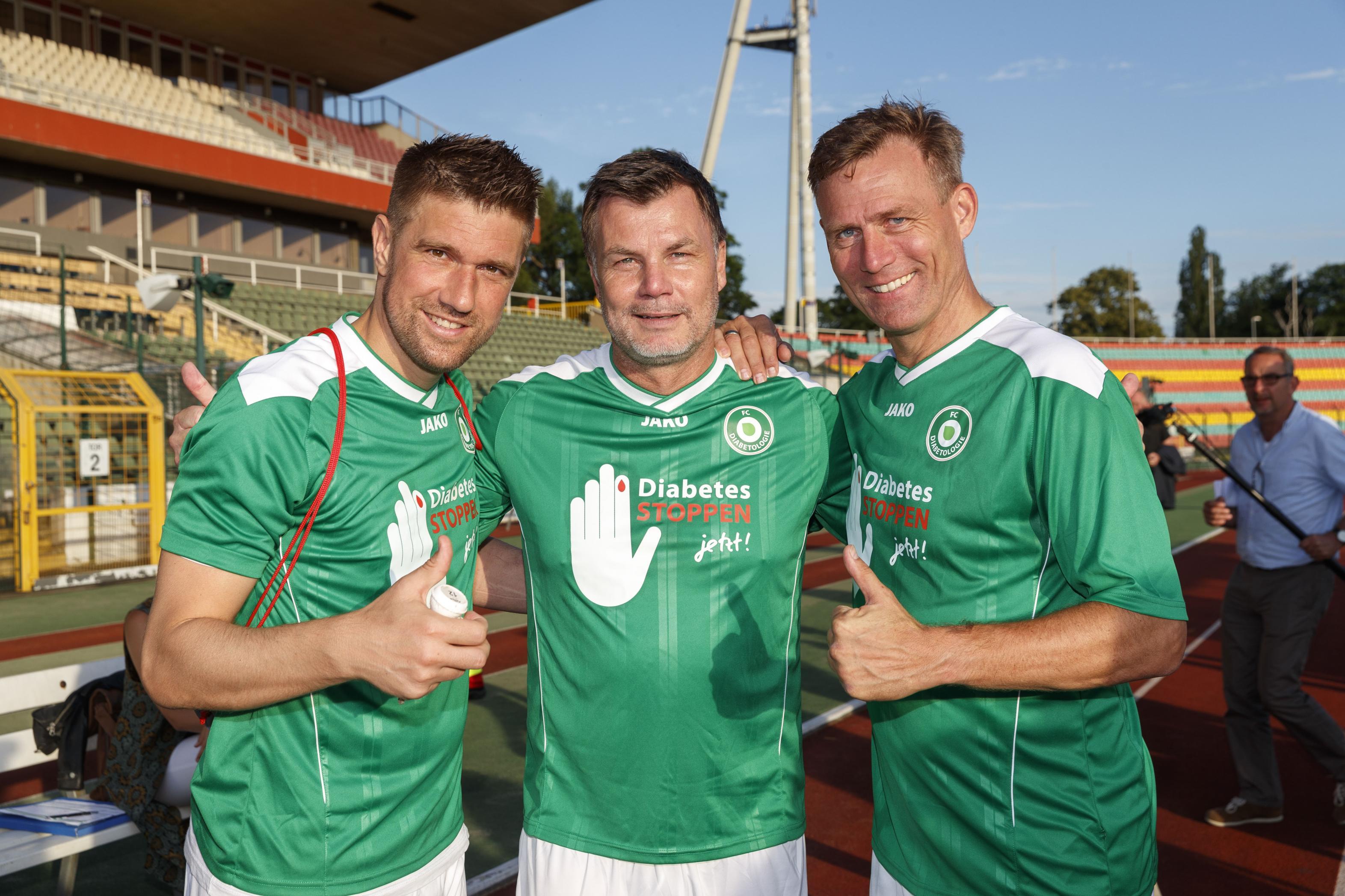 Fußballspiel FC Bundestag vs. FC Diabetologie 2017 - Ivan Klasnic, Thomas Helmer, Ingo Anderbrügge