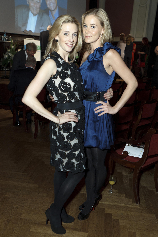 1. Diabetes-Charity-Gala, 2.11.2011 – Zu Gast: Schauspielerinnen Kristin Meyer und Jessica Ginkel