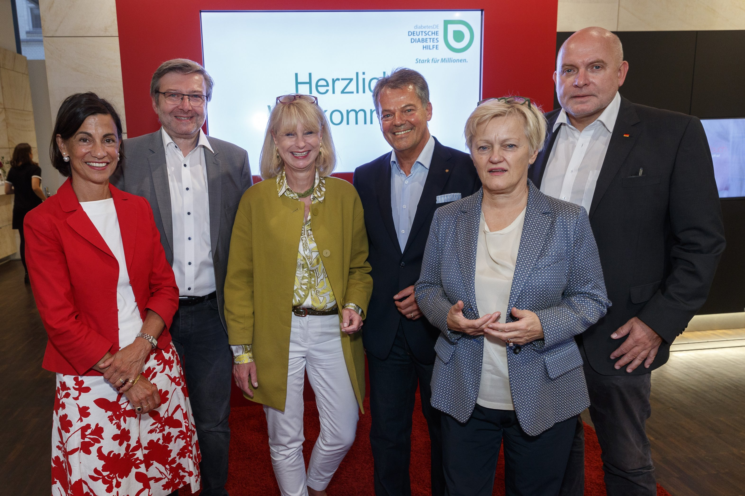 v.l.n.r. Dagmar von Cramm, Dirk Heidenblut MdB, Karin Maag MdB, Prof. Dr. Thomas Haak, Renate Küna