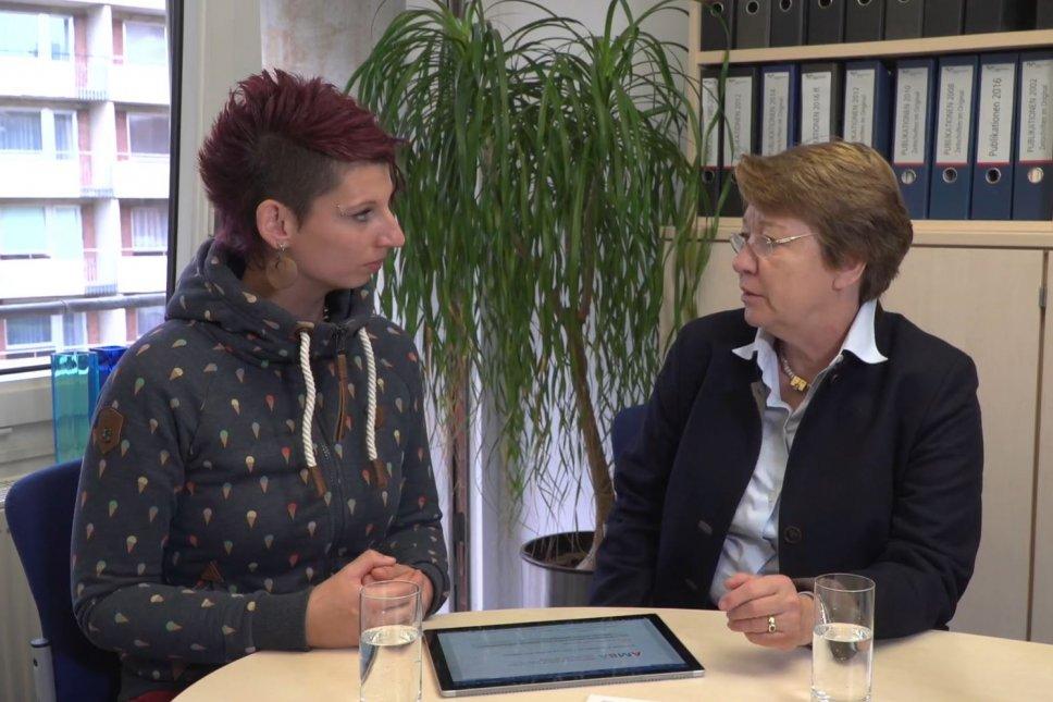 Spendenprojekt AMBA: Gespräch zum Fragebogen