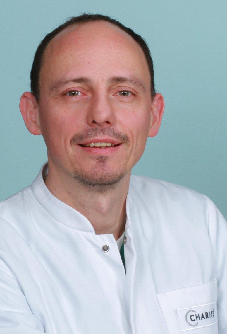 Dr. Jens Stupin