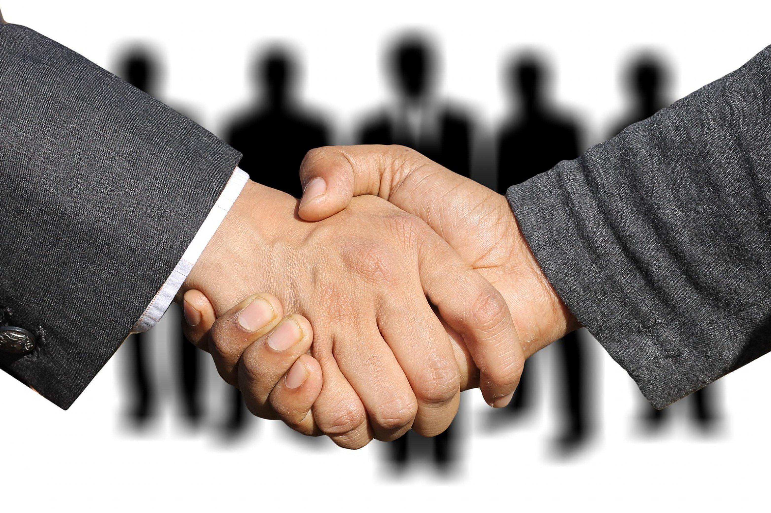 Bewerbung auf Job, Begrüßung, Handschlag